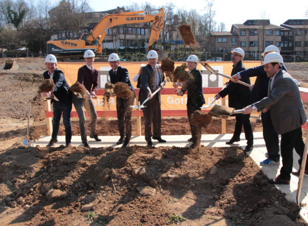 Ground-breaking: Sports hall Vaihingen (DE)