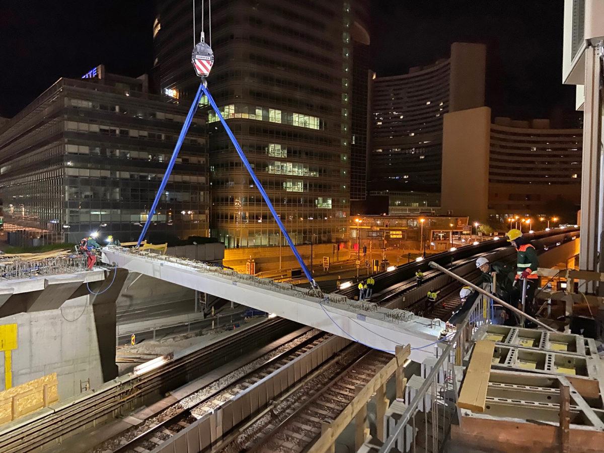 DC Tower 3: Nächtlicher Brückenschlag